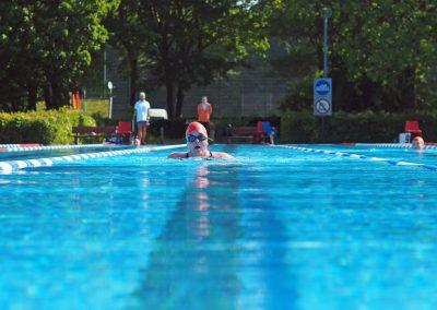 Auf der 50-Meter Bahn im Kieler Sommerbad Katzheide: Kristin Schröder bei der Klassifizierung für das 500 Meter Schwimmen