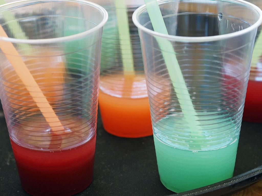 Alkoholfrei Sport genießen: Cocktails am Stand der Bundeszentrale für gesundheitliche Aufklärung (BZGA) - Foto: SOD/Agnes Witte